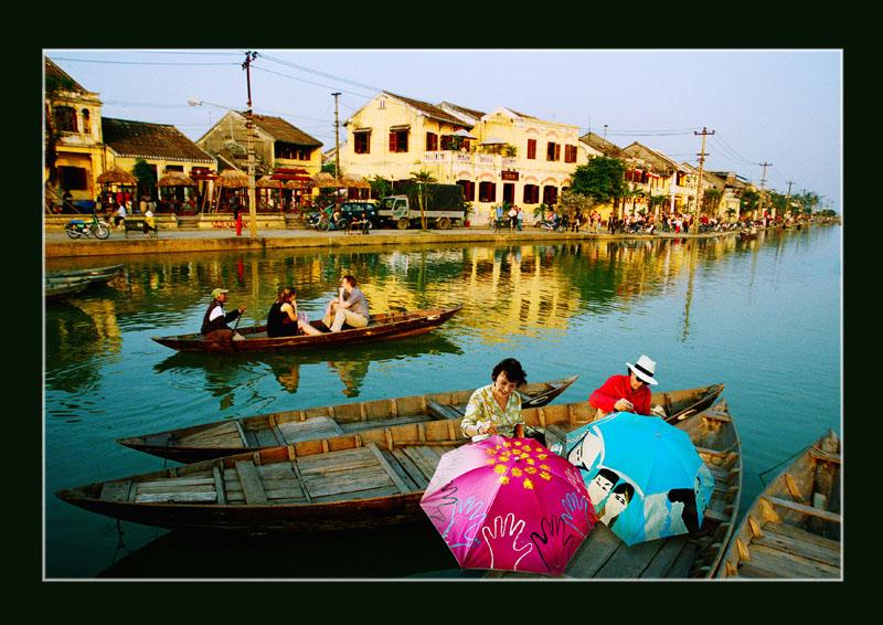 Tour con đường di sản miền Trung