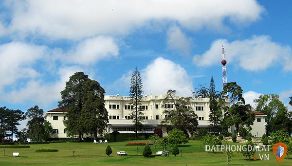 Khách sạn Da Lat Palace