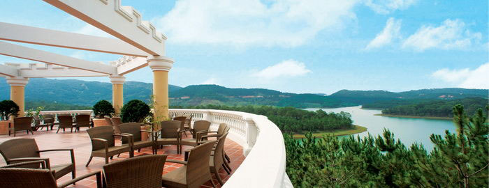 Cảnh đẹp nhìn từ các khu resort cao cấp